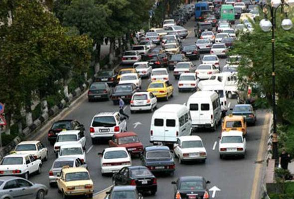 Paytaxtda intihara cəhdə görə avtomobillərin hərəkəti iflic oldu – FOTO