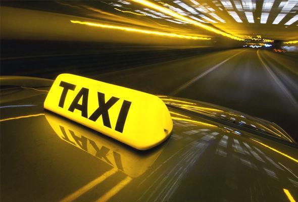 Taksi sürücüsü müştərisini soydu