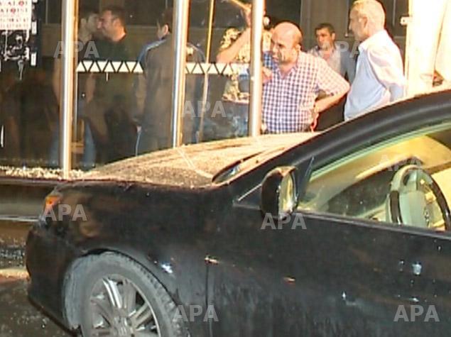 Bakıda 7 maşın toqquşub, 1 nəfər ağır yaralanıb - FOTO