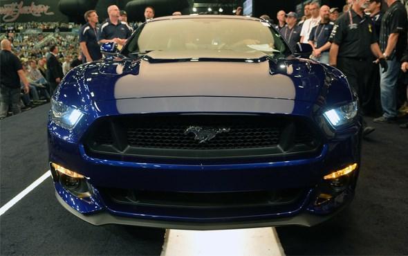 İlk Mustang 300 Min Dollara Satıldı!